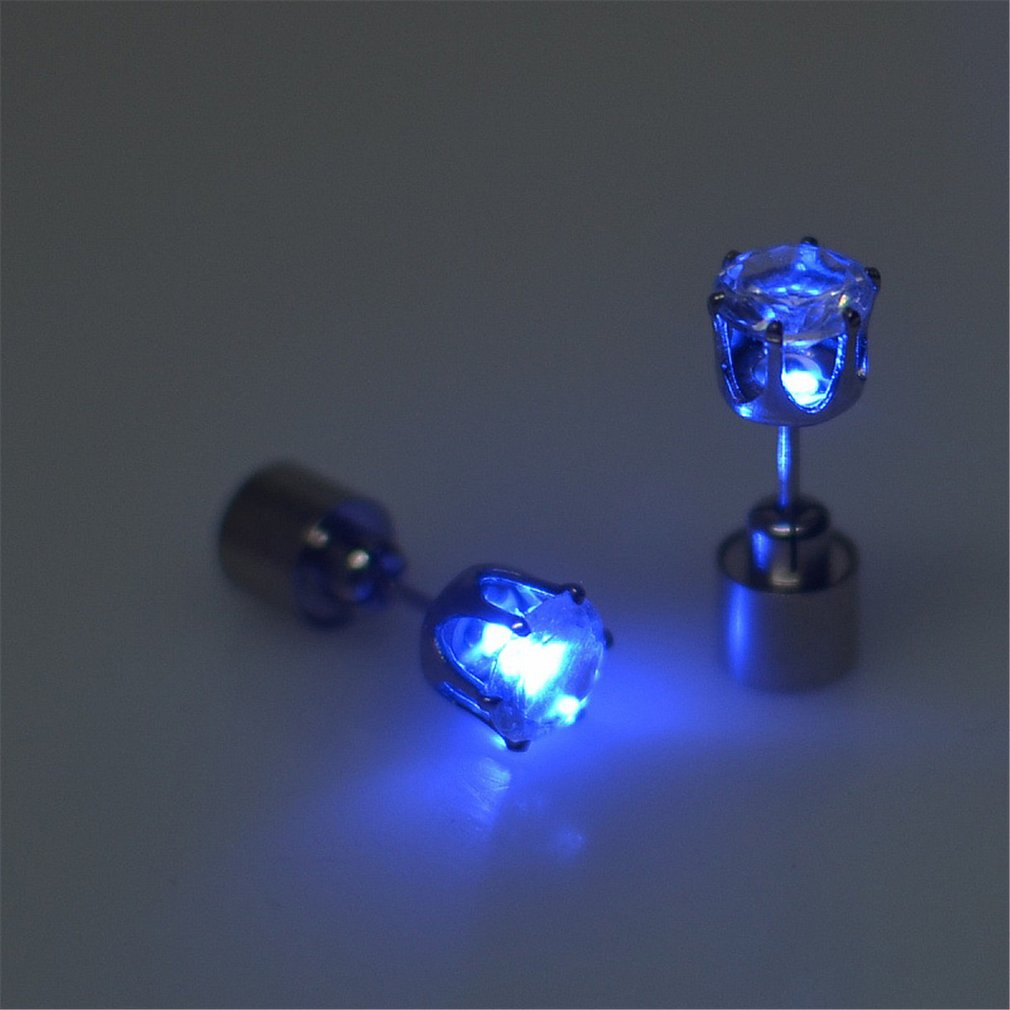 1 Pair Fashion Women Heart Shape LED Earring Light Up Bright Stud Earrings Star Glowing Ear Stud For DJ Dance Party Bar Girl