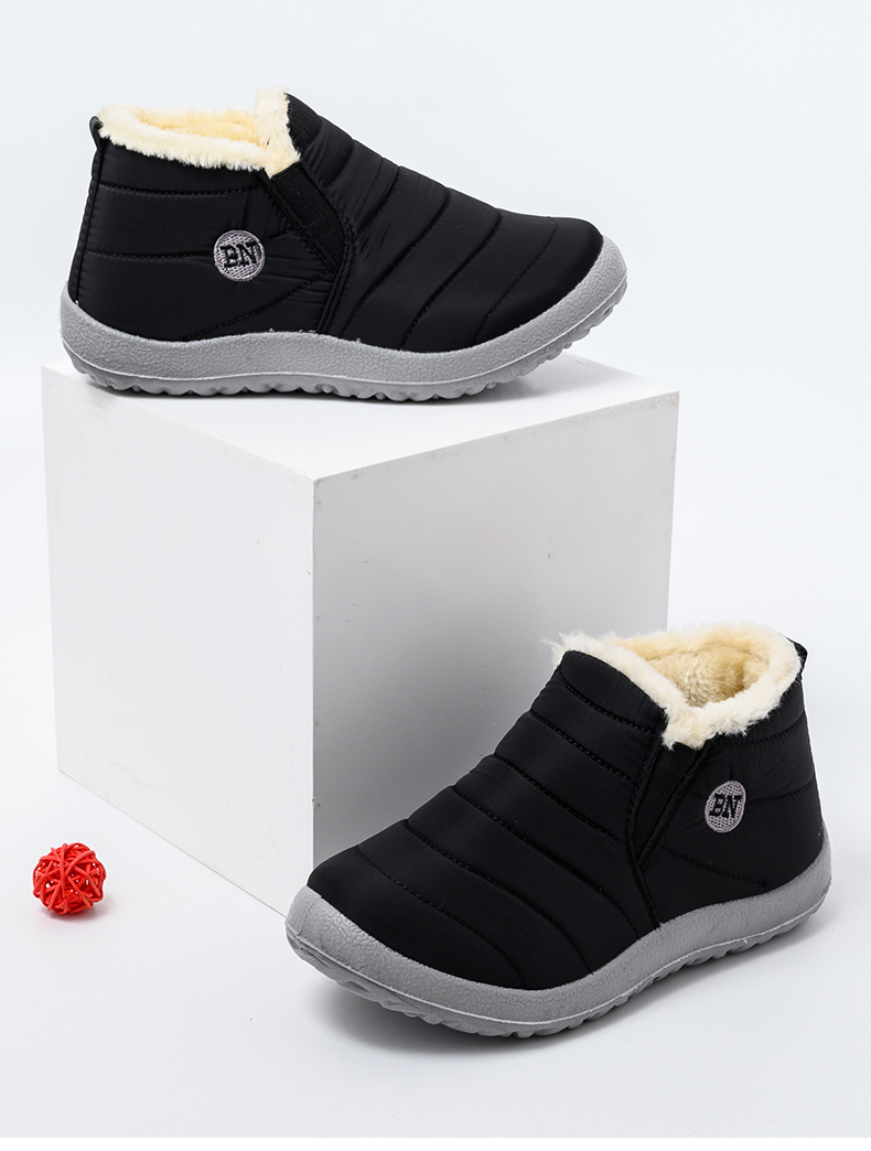 Women Boots Ultralight Winter Shoes Women Ankle Botas Mujer Waterpoor Snow Boots Female Slip On Flat Casual Shoes Plush Footwear