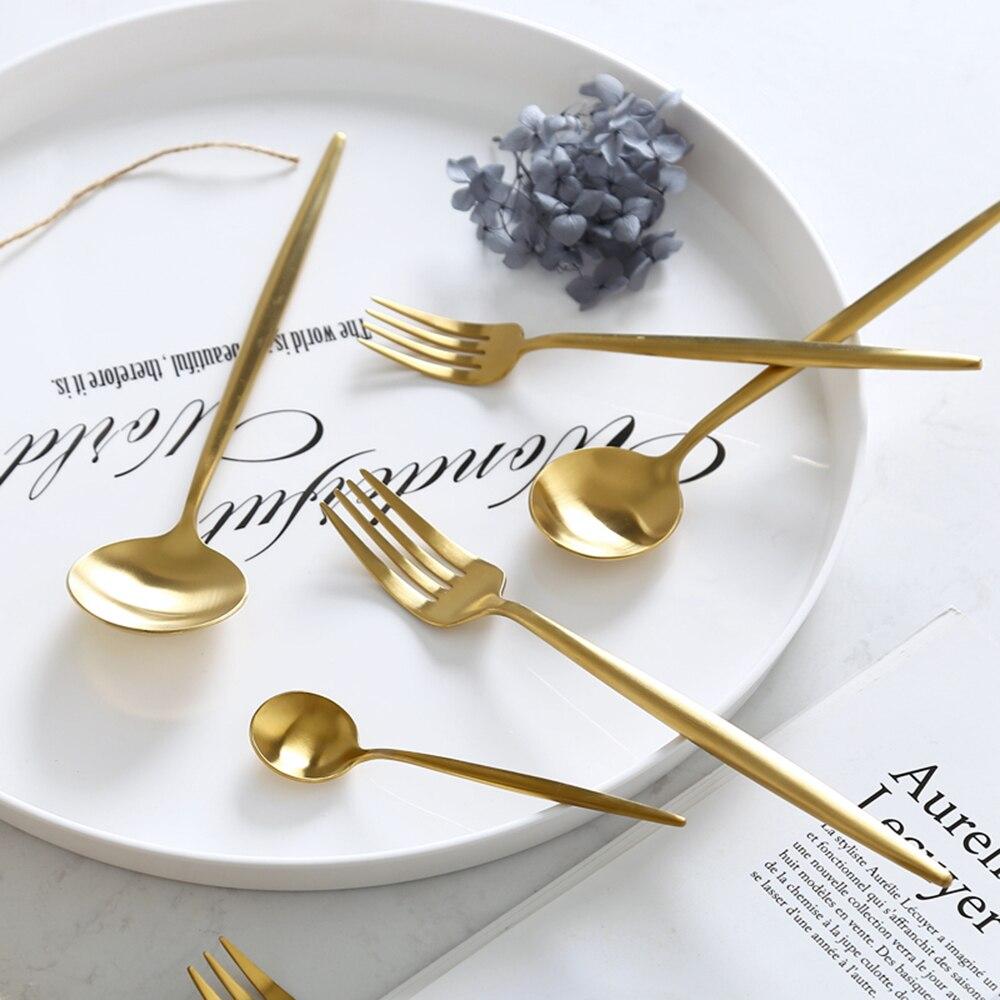 Купить с кэшбэком Hot Sale 4 Pcs/set Pure Gold european Dinnerware knife 304 Stainless Steel Western Cutlery Kitchen Food Tableware Dinner Set