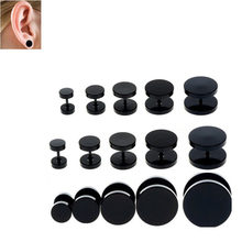 2PCS Black stainless steel Ear Cartilage Tragus Helix Piercing Ring Internally Thread Simple Styles Ear Gauges Piercing Double(China)