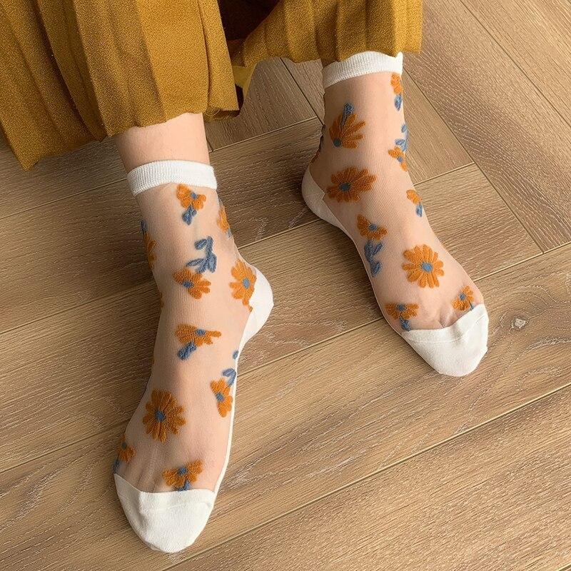 5 Pairs/Lot Novelty Small Daisy Thin Transparent Socks Women Summer Feminino Sweet Breathable Glass Mesh Bas Cute Cotton Meias