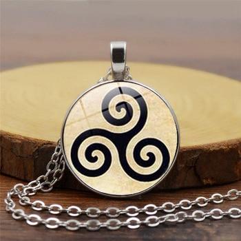 Nudos celtas Triskele Triskelion Triple colgante espiral collar cadena con cabujón de cristal redondo collar gargantilla para hombre mujer joyería