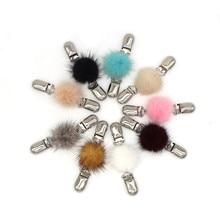 1 Pc Women Mink Fluff Ball Shawl Clip Ladies Cardigan Sweater Silk Scarf Connecting Buckle Fashion Brooch Clip Charm Accessories