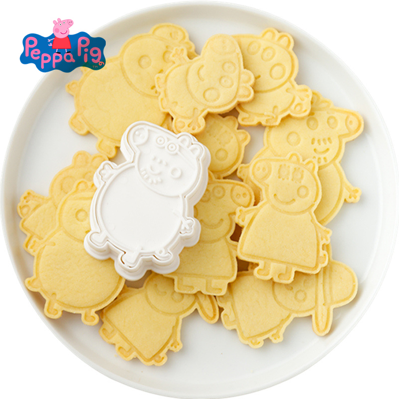 6 Pieces Christmas Peppa Pig Figure Model Set Of Cookie Cutters 3d Cartoon Cartoon Skull Mold Plastic Pressing Fun Baking Cute
