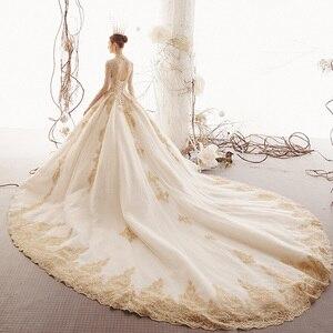 Image 3 - 2020 مخصص الأميرة فساتين الزفاف Vestido De Casamento الذهب يزين الخرز كم طويل زي العرائس Bruidsjurken