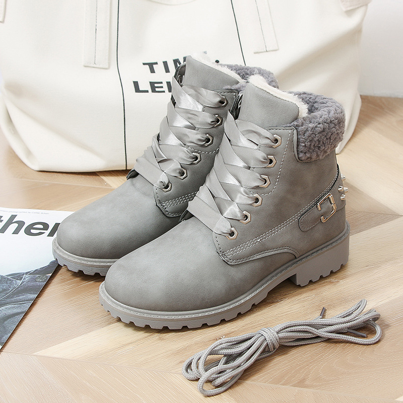 Size 43 women winter boots 2019 New Arrival Fashion Suede Women Snow Boots Metal rivet Warm Plush Women's Ankle Boots Flat shoes 26