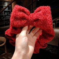 red big bow