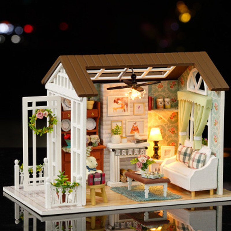 DIY Doll House Wooden Doll Handmade Houses Miniature Dollhouse Furniture Kit Toys For Children Christmas Gift Girls Toy