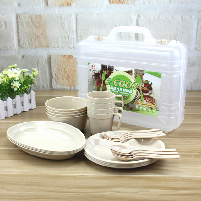 24 조각 피크닉 캠핑 야외 재사용 식기 요리 세트 플라스틱 상자와 하이킹 스푼 접시 보우 키트