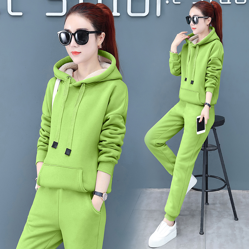 2019 Winter Thicken Sport Two Piece Sets Outfits Women Plus Size Hooded Sweatshirts And Pants Suits Casual Fashion Tracksuits 50