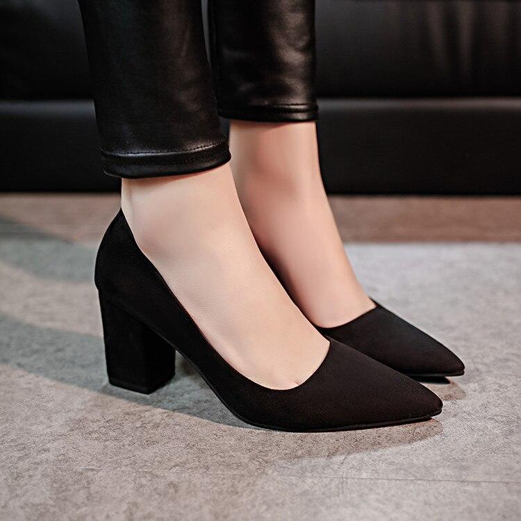 Ev ve Bahçe'ten Ayakkabı Rafları ve Organizatörleri'de Kadın ayakkabı 2016 ilkbahar ve yaz yüksek topuk tıknaz topuk sivri ayakkabı tarzı iş Ol kadın ayakkabı zarif ayakkabı kadın yüksek title=