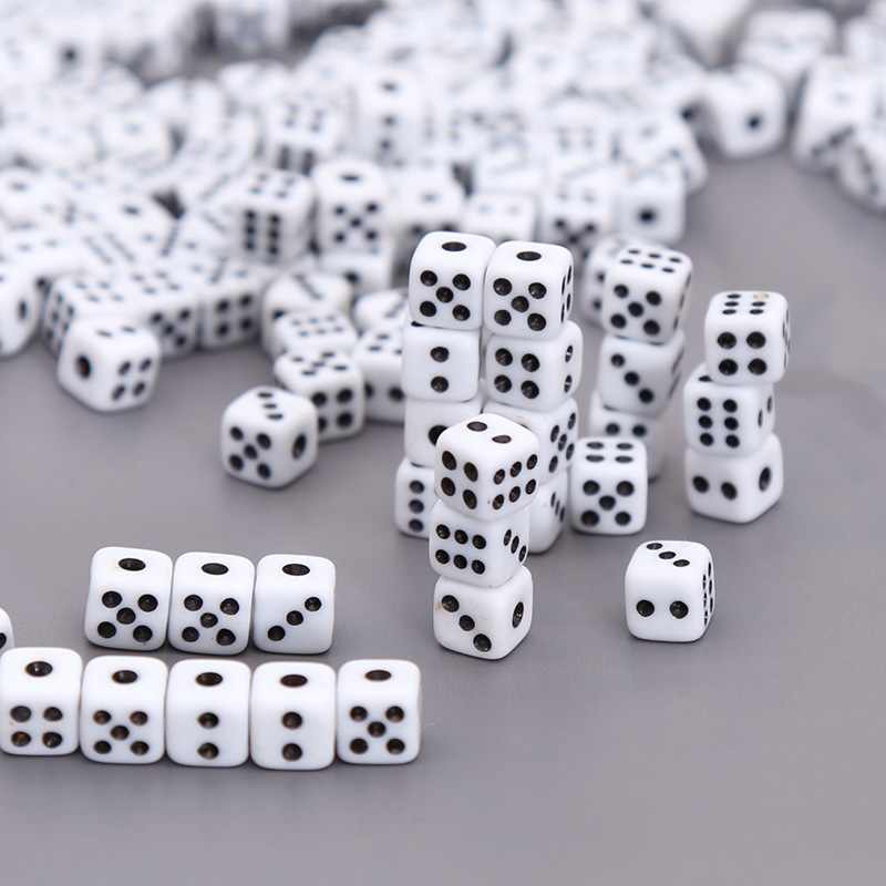10/1 Pcs 8mm White Gaming Dice Standard Six Sided Decider Birthday Parties Board Game Funny Toy Tool Dices