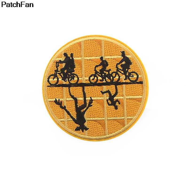 Patchfan Del Fumetto di Patch Ricamato Applique Ferro Sulla Zona di Design Fai da Te Cucire Ferro Sul Distintivo Della Zona