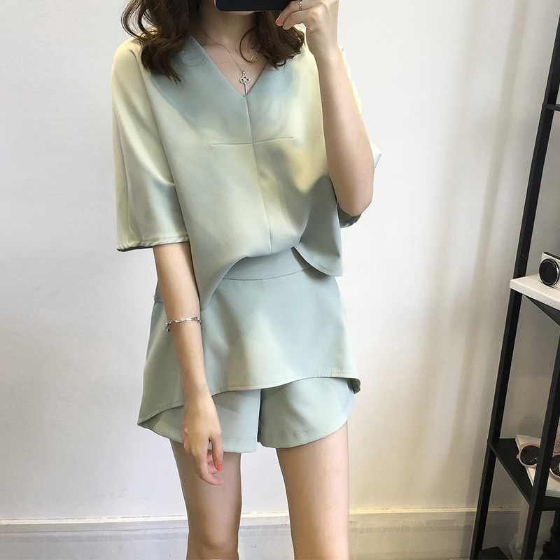 Chiffon WOMEN'S Suit Summer 2016 New Style Korean-style Sweet V-neck T-shirt Tops Casual Short Pants Two-Piece Set 6-13