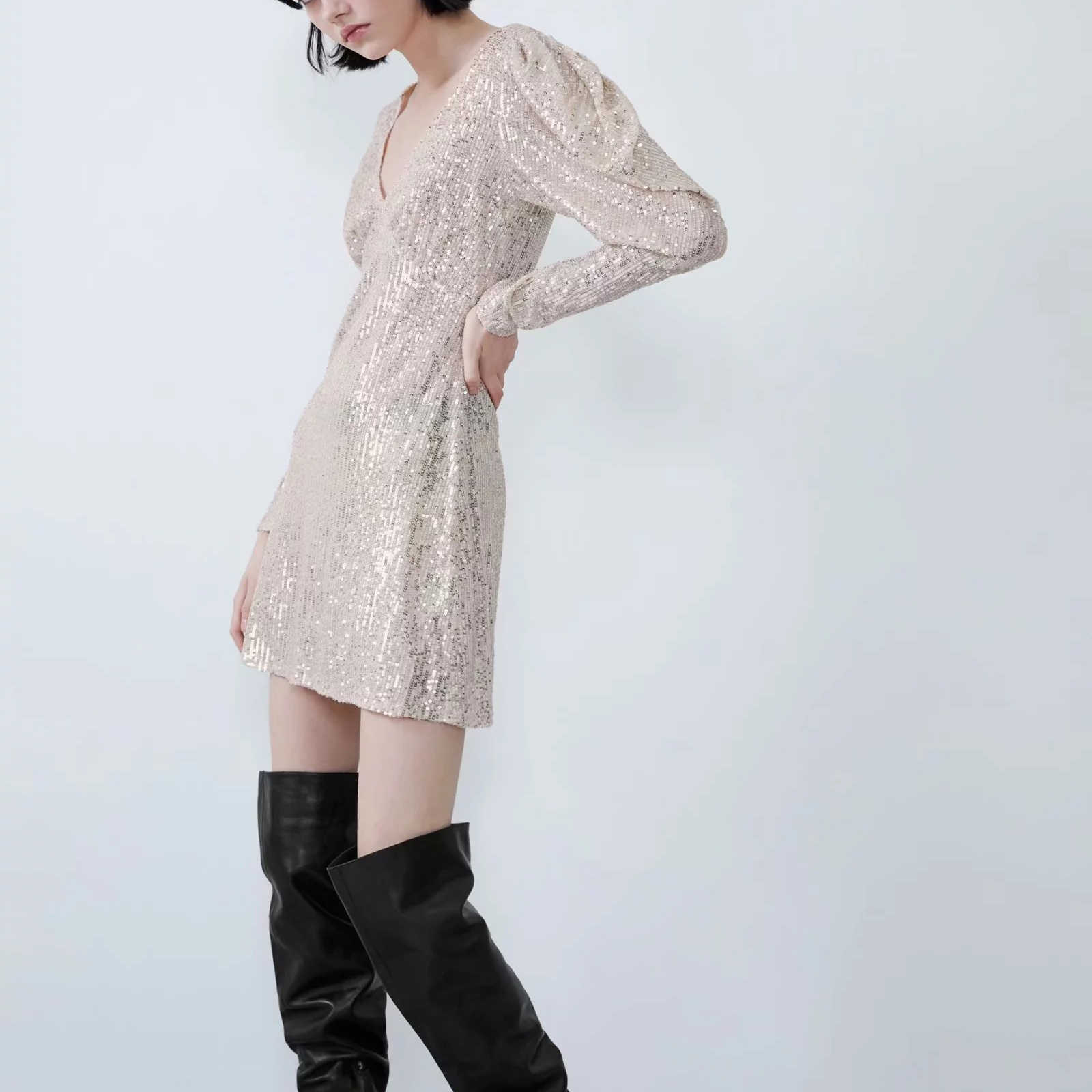 ZA נשים של שמלת נצנצים סקסי אלסטי עמוק v צוואר פאף שרוול מקרית אופנה למתוח מצויד מבריק מסיבת שמלת נקבה