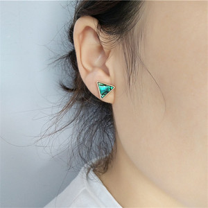 The natural color of shells temperament elegant eardrop girl wearing accessories eardrop a birthday present(China)