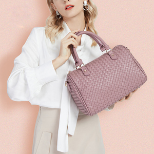 Bolsa de tejido para las mujeres 2020 almohada bolso de cuero de la PU de Boston bolsas de mensajero de hombro de gran capacidad de Color sólido Retro femenino de viaje