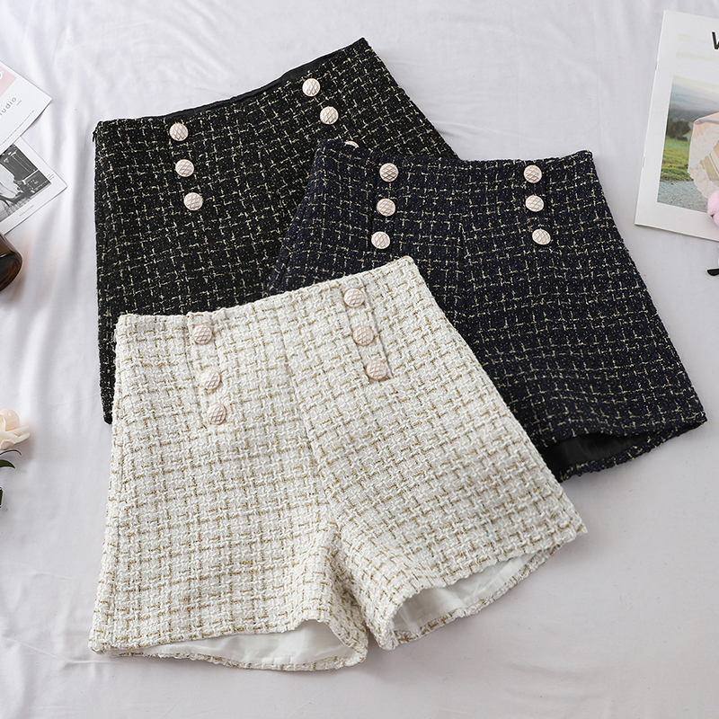 Plaid Shorts Women Outside Female Wear 2019 Autumn Spring New Double-breast Braided High Waist Wide Legs Shorts Black White Blue