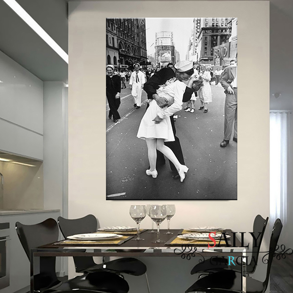 V-J Day On Times Square Nordic Canvas Print And Poster Vintage Kiss Prints New York City Photo Picture Wall Art Home Decoration
