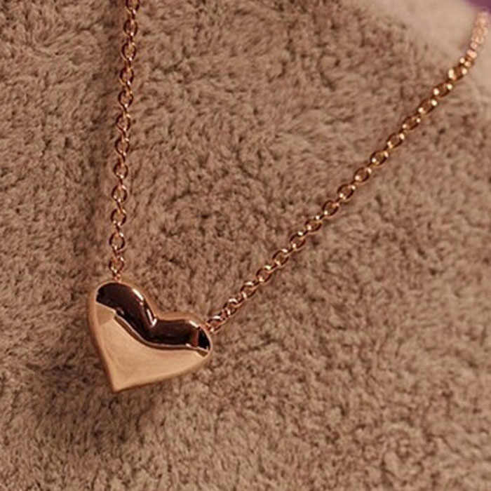 Heart Pendant Chain Necklace Women gold necklaces Fashion Women metal Heart Bib Statement heart Pendant gift  for lover