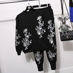 LANMREM Gold leaf flower sequins embroidery sweater two pieces set women's casual Harlan pants 2020 autumn winter new YJ704