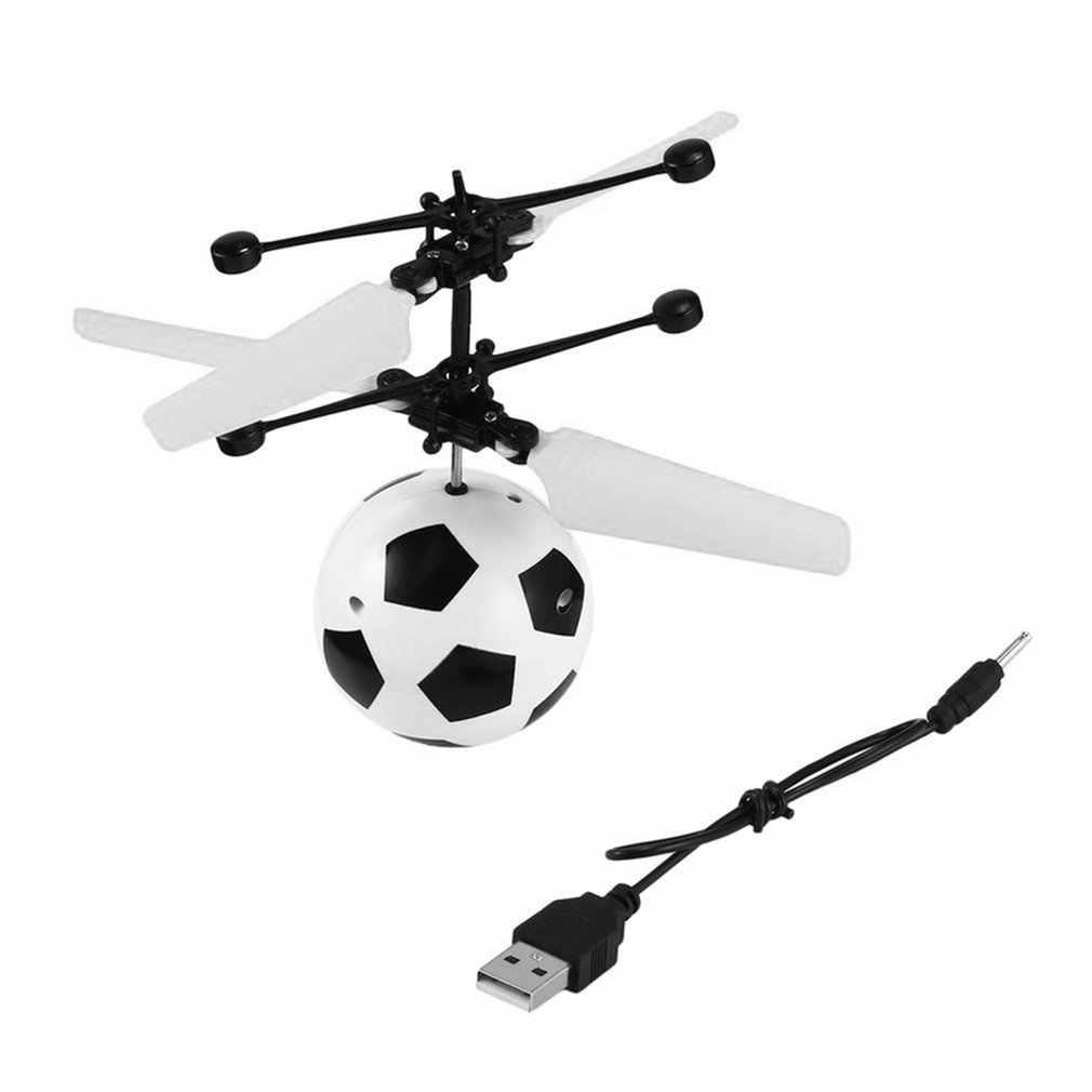 YKS RC تحلق الكرة الطائرة بدون طيار لعب هليكوبتر كرة القدم المدمج في إضاءة LED مشرقة للأطفال التمويه كرات بلاستيكية ملونة