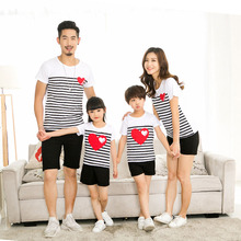 Family Matching Outfits 2020 Summer Family Clothes For Mother Daughter Father Son Striped Heart Short-sleeve Cotton T-shirt family clothing 2020 summer cartoon short sleeve t shirt family matching outfits for mother daughter and father son clothes