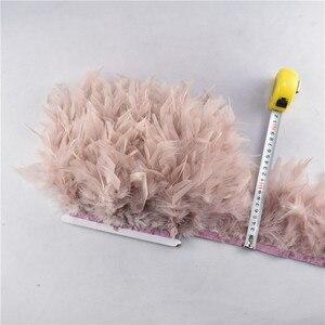 Image 2 - Volante de flecos de plumas de pavo, plumas marabú de 4 6 pulgadas, recorte de falda, adornos de vestido, plumas de cinta para manualidades, 10 metros/lote, venta al por mayor