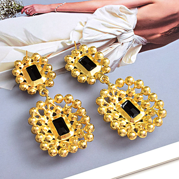 Luxury Crystals High-quality Stone Studded geometric Drop Earrings 2