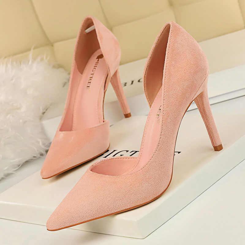 2019 חדש אביב ובסתיו נשים נעליים גבוהה עקבים זמש נשים עקבים גבוהים משאבות סקסי פגיון אדום נשים שמלת נעליים