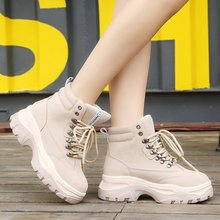 British Thick Bottom Women Ankle Snow Boots Lace Up Motorcycle Boots Women Ankle Military Rivet Boots Brand Women Shoes