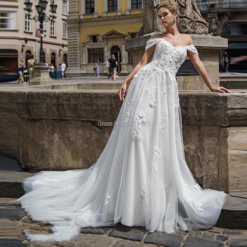 Off The Shoulder Wedding Dresses A Line Sweetheart Lace Appliques Lace Up Court Train Bridal Gowns Vestido De Noiva