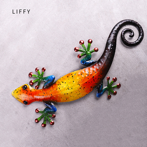 Image 2 - Metalowy gekon dekoracja ścienna zwierzęta zewnętrzne do dekoracji ogrodu posągi i miniaturowe akcesoria ogrodowe rzeźby