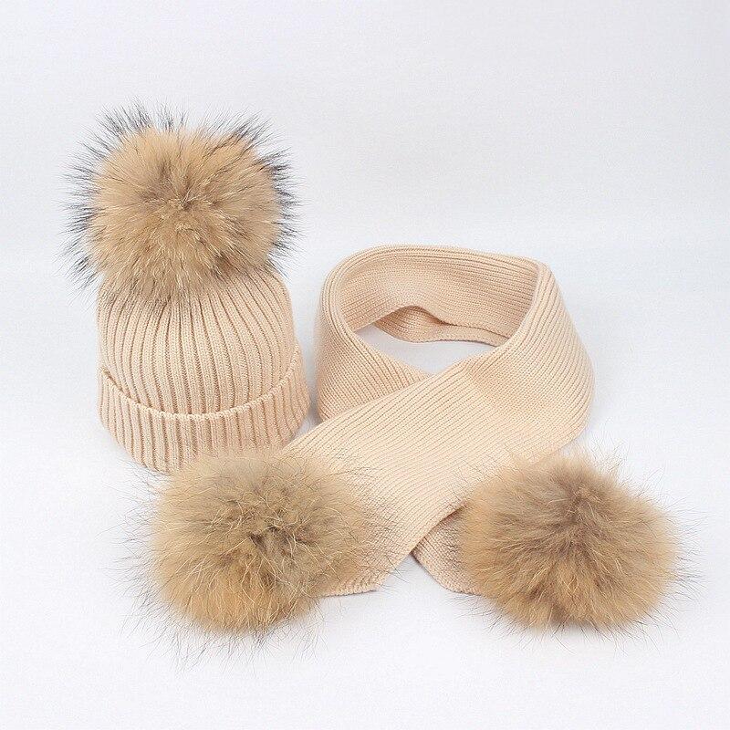 Dollplus, детские вязаные шапочки, зимняя шапка для маленьких мальчиков и девочек, шарф, 2 предмета, шапка для новорожденных, шарик из меха енота,