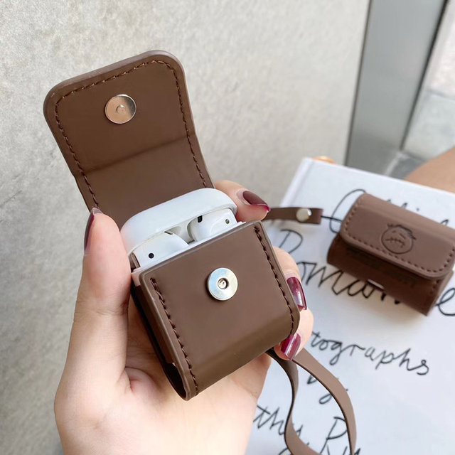 TRAVIS SCOTT AIRPODS CASE (2 VARIAN)