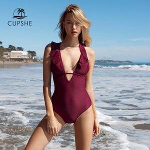 Image 4 - CUPSHE Burgund Herz Angriff Falbala einteiliges Badeanzug Frauen Rüschen V ausschnitt Monokini 2020 Neue Mädchen Strand Badeanzug Bademode