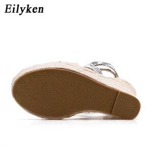 Image 3 - Eilyken Mới Rắn Nữ Mùa Hè Nền Tảng Dép Mở Giày Cao Gót Đế Xuồng Mắt Cá Chân, Khóa Dây Giày Plus Size 35 42