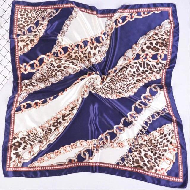 Silk Schal Frauen Druck haar hals Platz Schals Büro Damen Schal Halstuch 90*90cm Moslemisches Hijab Taschentuch schalldämpfer foulard