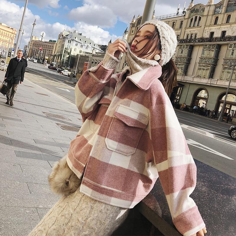 Mishow Woolen Coat Female 2018 Autumn Winter New Coat Women Long Sleeve Jacket Casual Plaid Short Overcoat MX18D9525