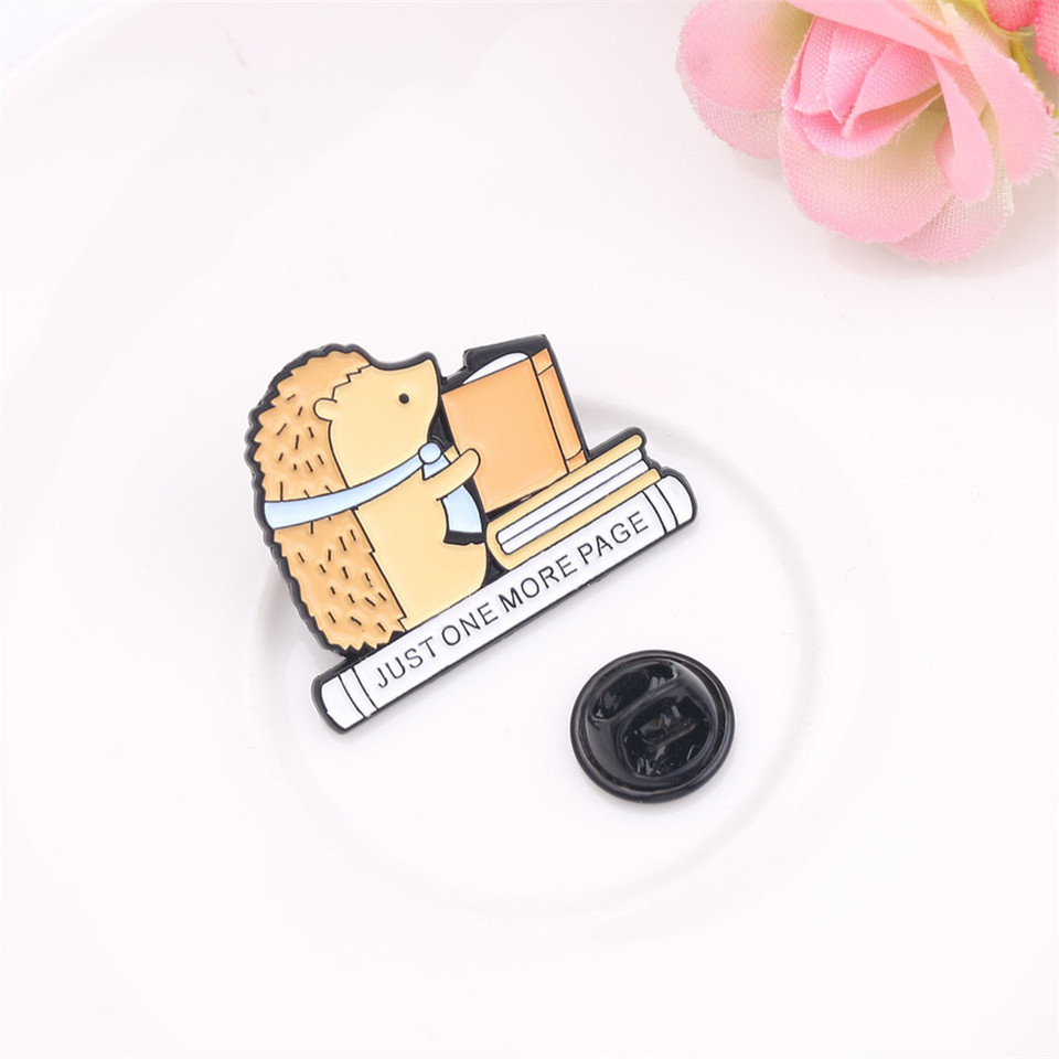 andy coolCreative White Alloy Pins Brooch Jewelry Clothes Bags Backpacks Jacket Badge Accessories Style 2 Durable and Practical