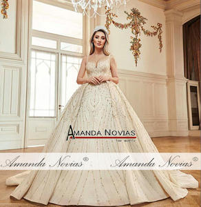 Image 3 - 新モデルビーズウェディングドレスカスタムオーダープロのドレス