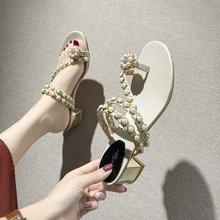 Liren 2019 Summer Fashion Casual Lady Slippers Outside String Bead Decoration Crystal Mid Square Heels Round Open Toe Shoes