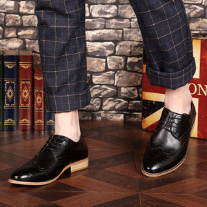 Image 4 - 2020 Men leather shoes casual genuine leather fashion high quality luxury designer Men Brogue Shoes