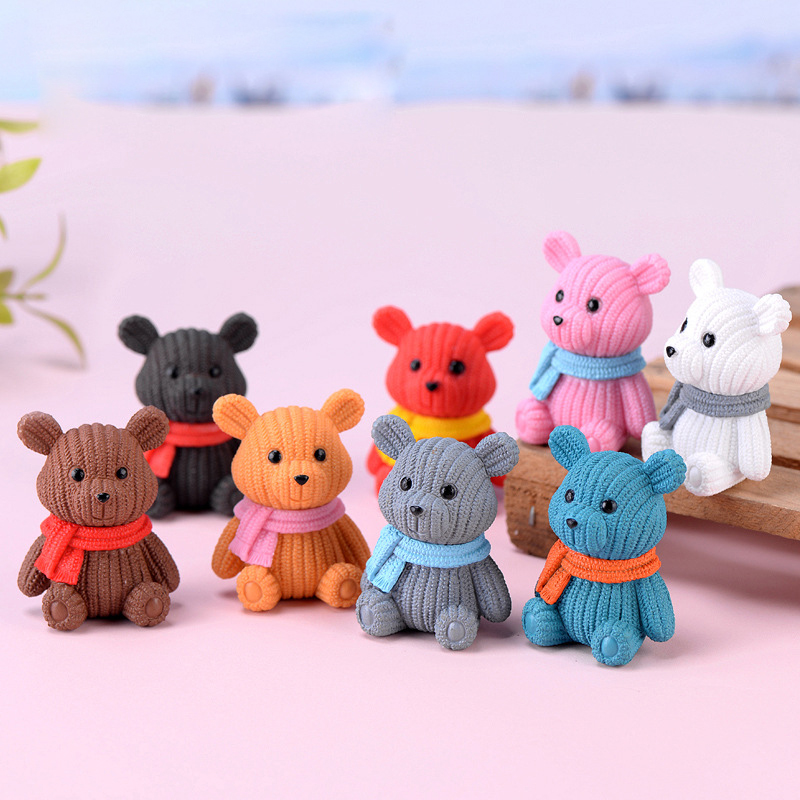 Mini Scarf Rsin Bear Action Figure Cartoon Animal Bear Model Figure Toys Collection Wool Doll Toys Figurines Home Decor Gift