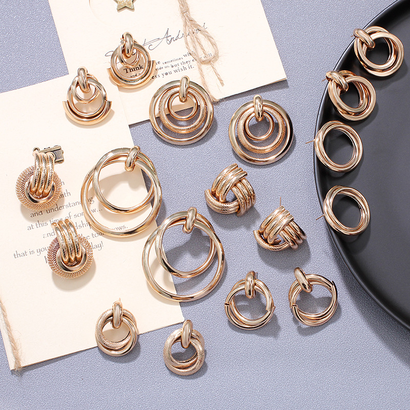 Earrings Europe And The United States Hot Metal Tube Knotted Pendant Gold Geometric Twisted Ladies Earrings Exaggerated Jewelry