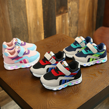 2019 New Luminous Sneakers Children Shoes with Light Glowing Sneakers Children C