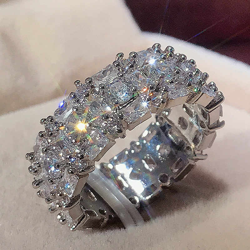 Huitanファッション高品質銀メッキ結婚指輪高級象眼キュービックジルコニア婚約プロミス · リングのジュエリー