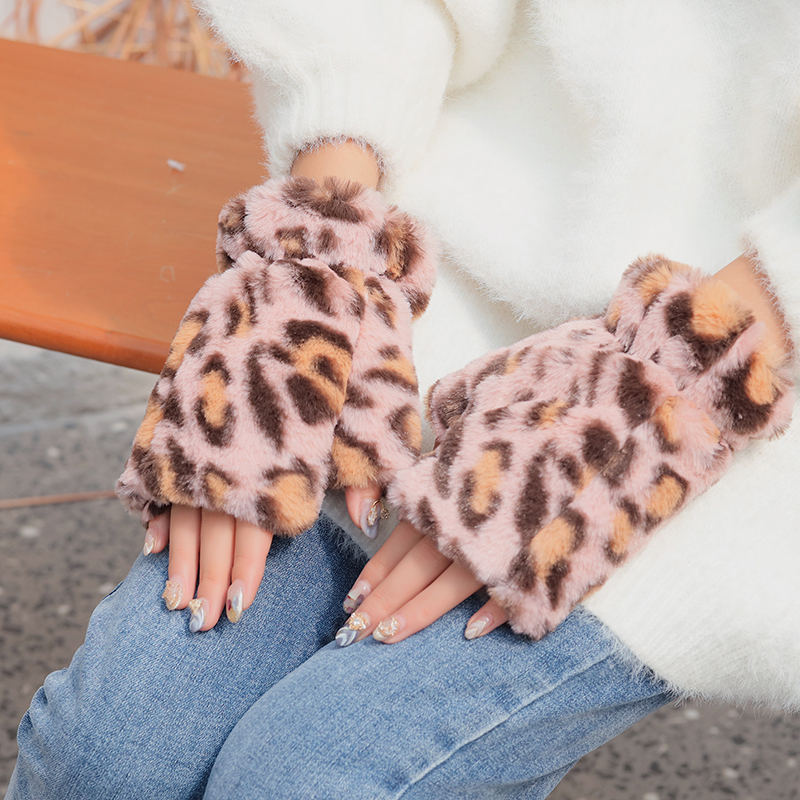 2019 Winter Lovely New Design  Leopard Print  Winter Gloves For Women Thick Warm Outdoor Gloves Mittens Female