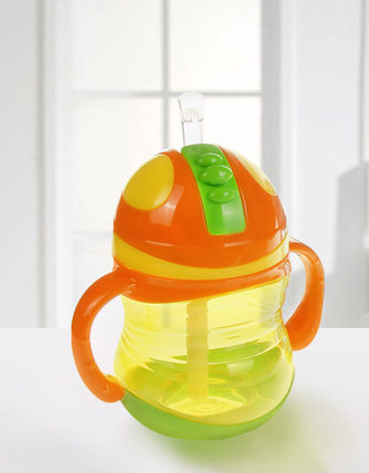On Health Baby Colorful Cup With Straw Baby Drinking Cup With Handle Leak-Proof BABY'S Training Cup Rk8110