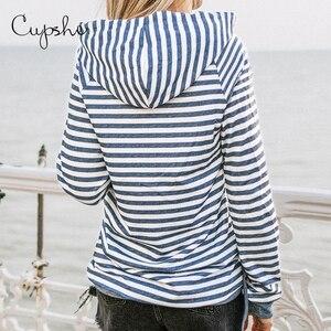 Image 2 - CUPSHE Blockiert und Striped Hoodie Frau Casual Langarm Sweatshirts Pullover Tops 2019 Frühling Herbst Weibliche Sportkleidungen